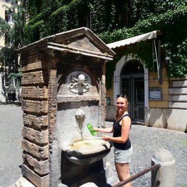 Gratis waterfontein in Rome