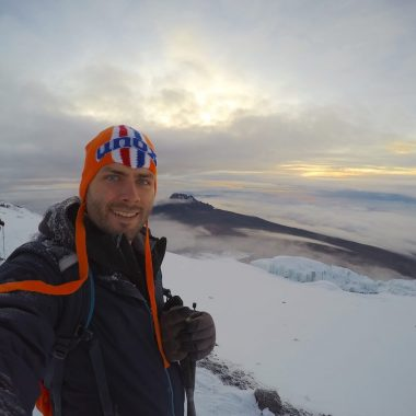 Uitzicht zonsopgang top Killimanjaro