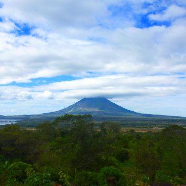 Ometepe uitzicht cover