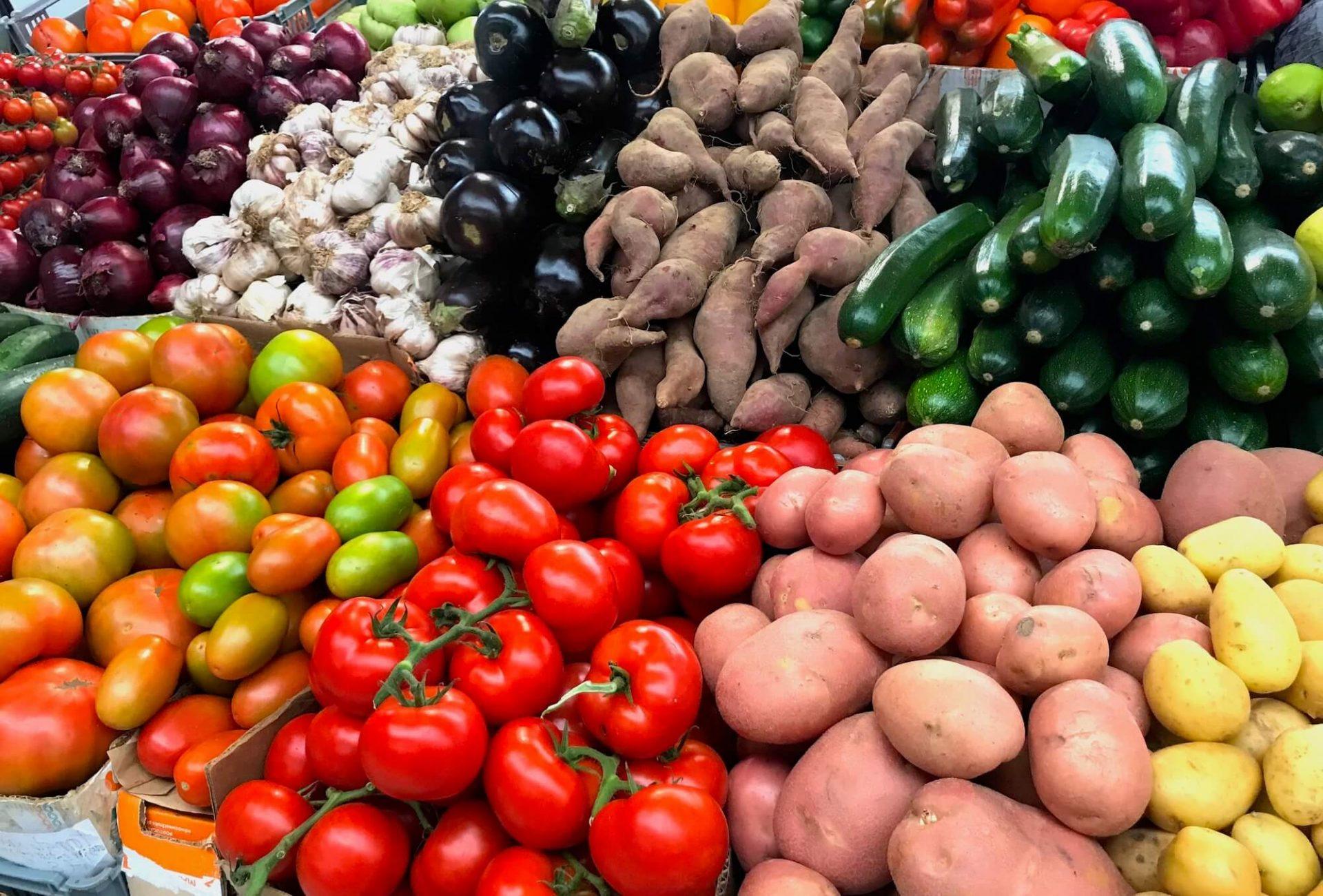 Kraam met groente cover
