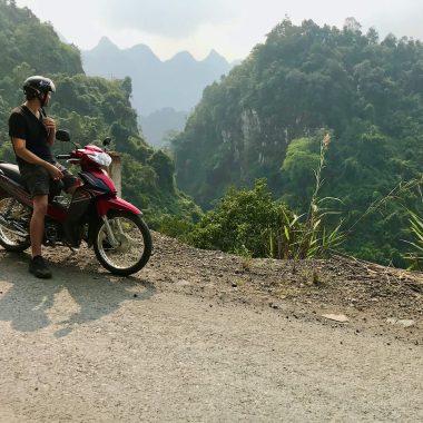 Gieljan scooter noord Vietnam Ha Giang