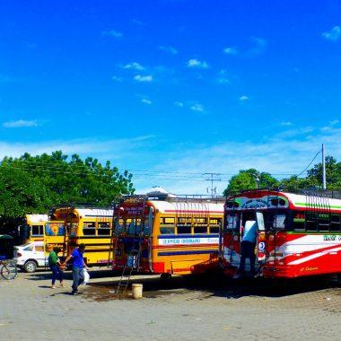 chickenbus openbaar vervoer Nicaragua