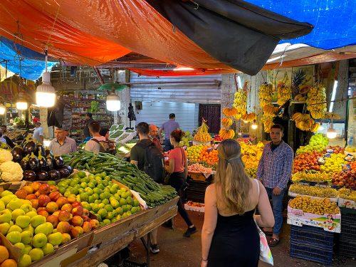 Souks in Amman fruitmarkt